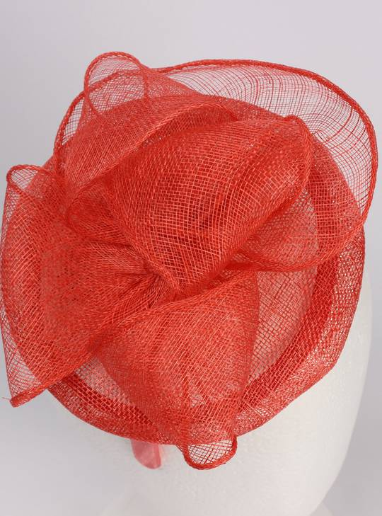 Sinamay hatinator coral Style: HS/1358