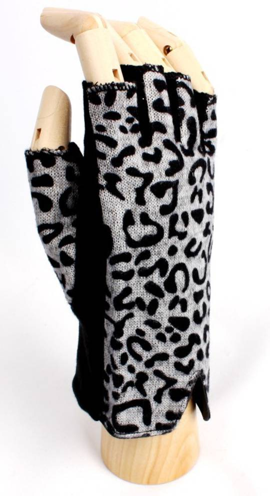 Fingerless glove with animal print black Style: S/LL4180