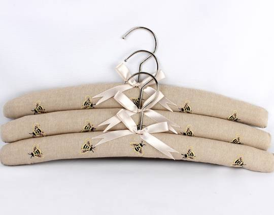 Printed padded coat hangers-set of 3 'Bees Linen' Code:EH-BEE/LIN - arrives April