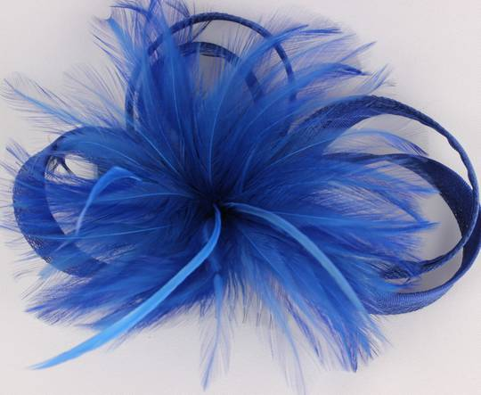Feather an flower sinamay on comb cobolt Style: HS/1354