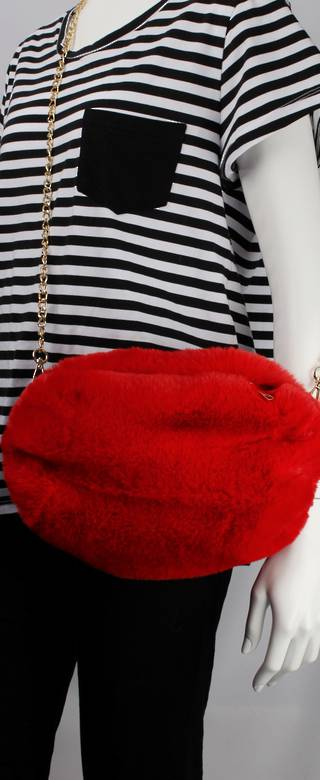 Alice & Lily fur muff/hand bag w gold shoulder chain red STYLE: AL/4412FB/RED