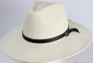 HEAD START White fedora w black band and buckle  Style: HS/1417/WHITE