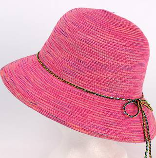 Braid hat with tie trim pink Style: H/4239