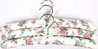 Printed padded coat hangers-set of 3 'Floral Pink' Code:EH/FLO/PINK