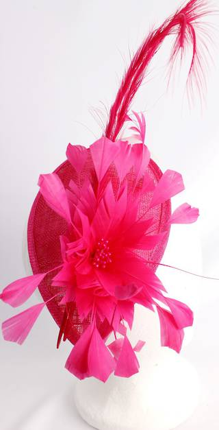 Fascinator with swooped feather and flower hot pink Style : HS3000/HP