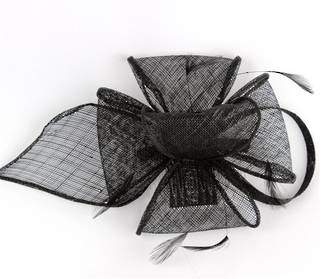 Fascinator sinamay and feather with comb black Code:HS/1299