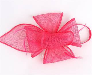 Fascinator sinamay and feather with comb h. pink Code:HS/1299