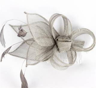 Fascinator sinamay and feather with comb silver Code:HS/1289