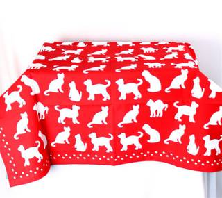 Shadow Cats table throw 100cmx100cm red Code: T/C-SH/CAT/RED